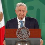 AMLO celebra fusión de Televisa y Univision 5