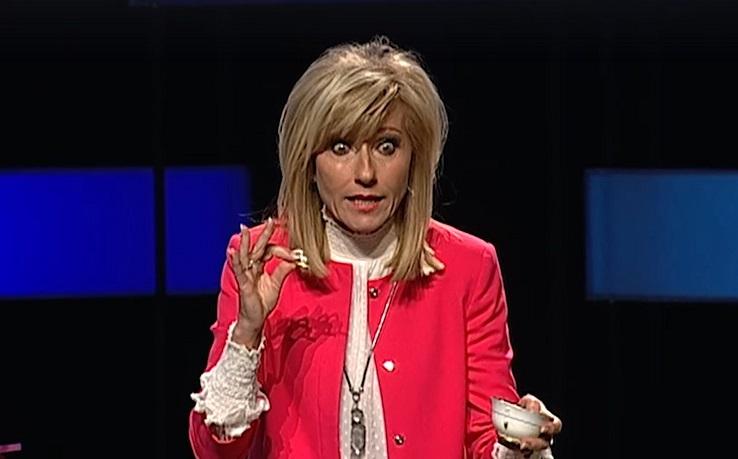 """Beth Moore dice que intentará ser """"menos molesta"""" en 2020"""
