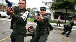policia colombiana