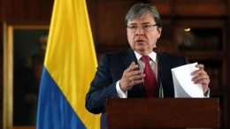Canciller-colombiano