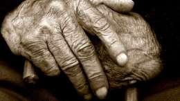 anciana-heroina