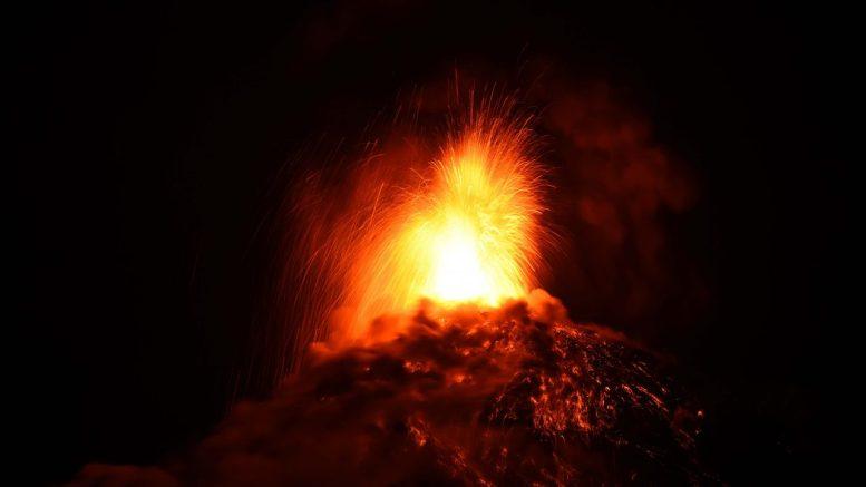 erupcion-de-volcan-en-guatemala