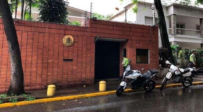 embajada españa