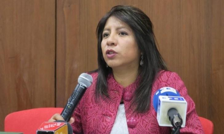 Nadia Cruz Defensora del Pueblo