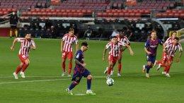 Messi gol 700