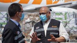 Ministros Alvarado (Salud) y el Canciller Arreaza reciben insumos médicos