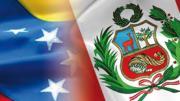 Banderas de Venezuela y Perú collage
