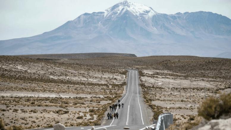 Paso frontera entre Bolivia y Chile