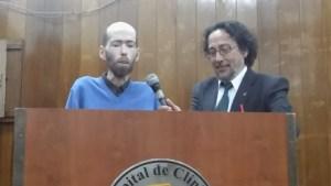 Fabian Tomasi, peón rural afectado por el uso de agrotóxicos y el Dr Ávila Vázquez.