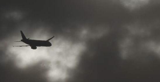 78a1f76203c562c3d7c318765865da44 - Detienen a un hombre ebrio que orinó sobre una niña de 11 años en un avión en Estados Unidos