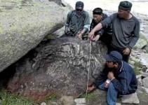 1d1408e4e294e66373eaa690c4062382 - Un meteorito gigante de 30 toneladas en China