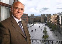 3fcd8f90952a19354e6b0c4b58be99e3 - El Popular Agustín González cobra 13 sueldos