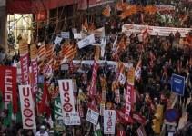 fb2f4dce862da1bee62f9456b87d8a12 - Miles de funcionarios protestan en Barcelona contra los recortes en los Servicios Públicos