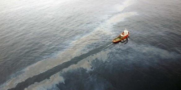 falla en una plataforma que posee Repsol en el Delta del Ebro provocó un extenso derrame de crudo