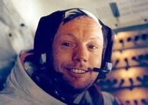 3e05df80eed685c5a5dc8c00a31b5ab8 - Rompió el silencio Armstrong, el primer hombre en pisar la Luna