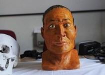 54b4716a3dc0cd733b26e61ebb10e28e - Un intruso en el sarcófago de una momia egipcia