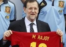 c656ba03f52a5357cbe6c17dbf6cb0a8 - Niño mal criado: Rajoy prefiere ir al fútbol que condenar una dictadura