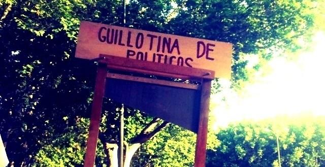 16268da44f149e859e5069f5fcdbf9fb - La guillotina del amor