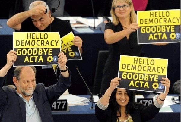 22f8149d30db4895b7f3ed99ae79f326 - Hola democracia adiós ACTA y Kim Dotcom anuncia en Twitter el regreso de Megaupload