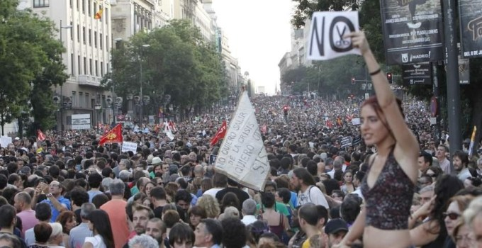 646e54f3224499907f10b9e476e85f82 - Respuesta masiva y unitaria en la calle a los recortes de Mariano Rajoy