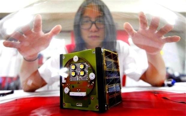 8613b8c48593289f811f561a100471f3 - Artista surcoreano lanzara al espacio su propio satelite casero