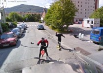 ed672d1382c9430186e4ccc5b807479b - Las extrañas y fascinantes instantáneas escondidas en Google Street View