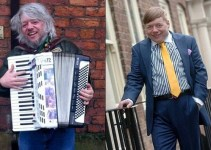 26b90ed750a66fcf594486f0628c1fa0 - #Video Un vagabundo británico se convierte en estrella de la radio por su talento musical