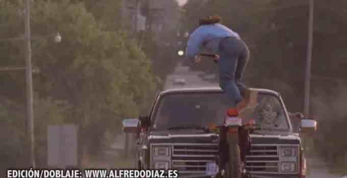 db5526ebaeed6c8c882d8d27bc8e8c29 - #Video Esperanza Aguirre atropella a Chuck Norris, Van Damme, unos moteros y le hacen un trailer