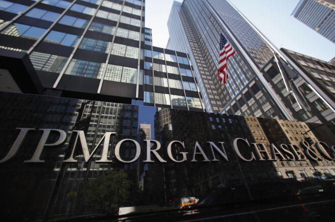 JPMorgan gana un 18% más en el semestre