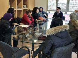 Imagen publicada por el Ayuntamiento de Arnedo de la reunión con la nueva asociación