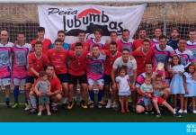 Foto de familia de la final del XX Torneo de Fútbol 7 Peña Lubumbas 2018