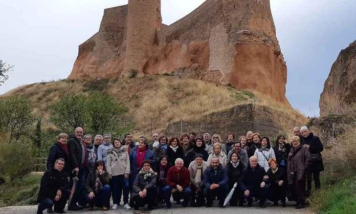 Alumnos arnedanos de la Universidad de la Experiencia 2018/2019 en el Castillo de Arnedo