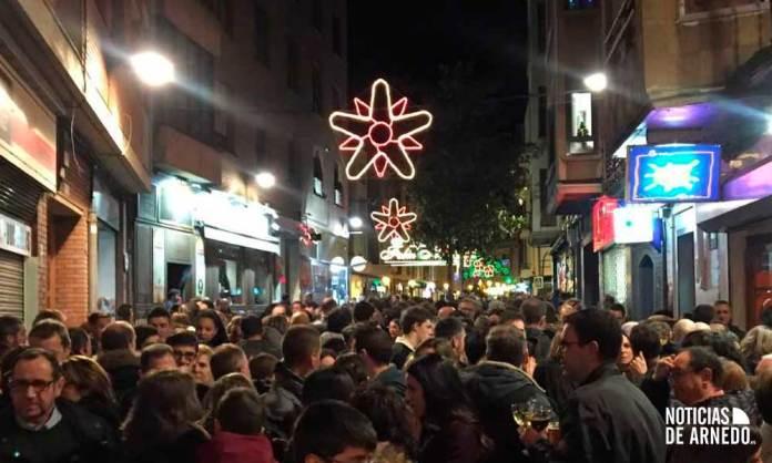 Arnedanos y visitantes salieron a las calles de Arnedo durante la Nochevieja