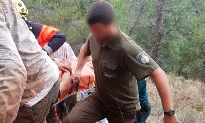 Foto de Asociación Profesional de Agentes Forestales de La Rioja | Rescate de trabajador herido