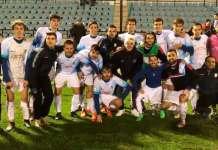 Jugadores del CD Arnedo dedican a Óscar la victoria frente al CD Pradejón