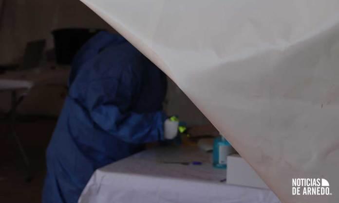 Tareas del personal sanitario en las pruebas PCR en Arnedo