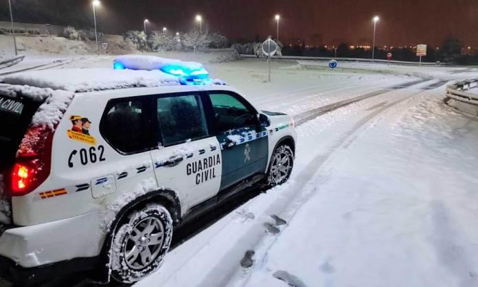 Guardia Civil en acceso a Arnedo en la noche del 9 al 10 de enero