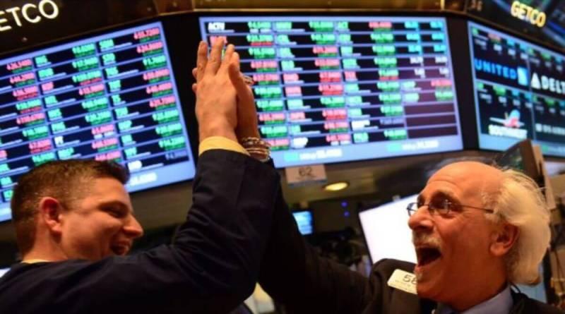 Wall Street comienza la semana rebotando un 5%
