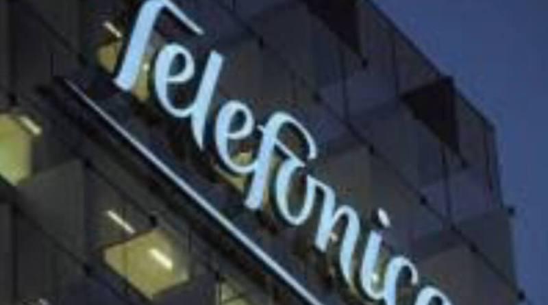 Telefónica gana un 38% más pero recorta el dividendo