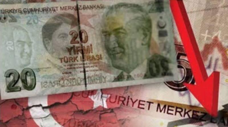 La lira turca se desploma hasta nuevos mínimos históricos