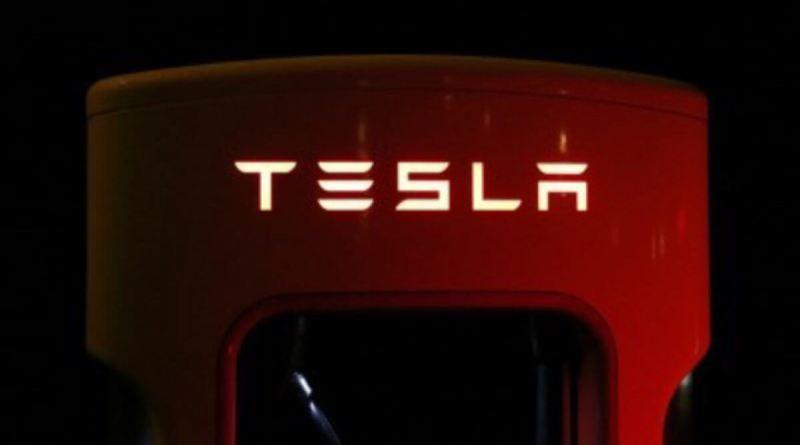 Resistencia de muy corto plazo en Tesla
