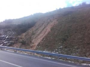 Foto desprendimiento Porciles, N-634 arriba