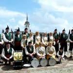 La banda de gaitas El Penedón, de Castropol, en Nueva York