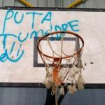 Nós por Ibias reclama la retirada de pintadas «ofensivas y obscenas» del polideportivo