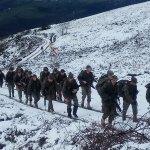 Fotogalería: Entrenamiento militar entre la nieve en Cangas del Narcea