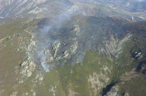 La BRIF de Tineo se incorpora en su primer día a la extinción del fuego en Belmonte 1