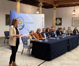 La alcaldesa de El Franco, Cecilia Pérez, nueva presidenta de la Federación Asturiana de Concejos 2