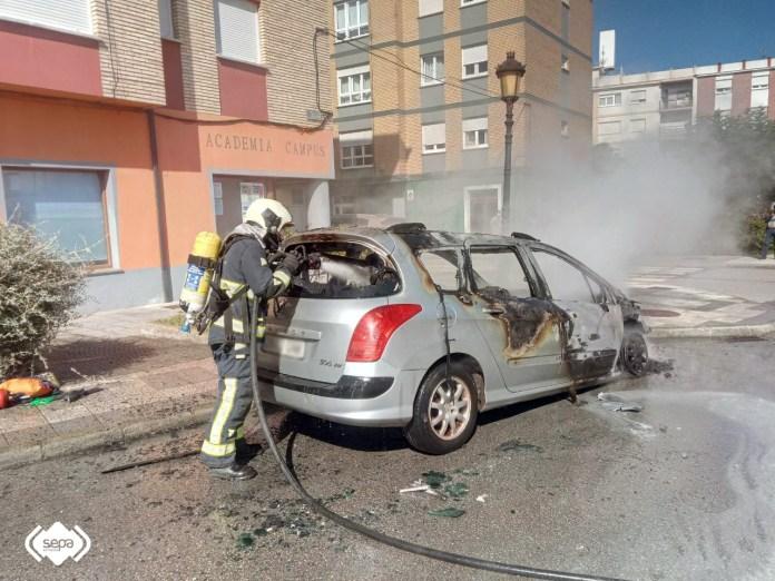 extinguido incendio vehiculo tapia de casariego