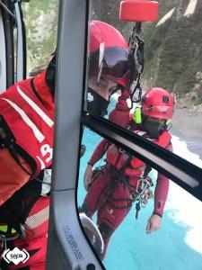 Rescatados en Cudillero dos buzos que practicaban pesca submarina 3