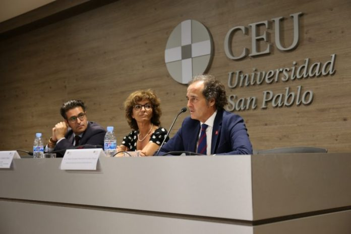 Mutua Madrileña acompaña debate sobre liderazgo femenino en la empresa durante cátedra de la CEU